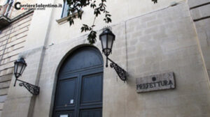 """""""Fermiamo la strage nei luoghi di lavoro """": Presidio sotto la Prefettura organizzato da Cgil Cisl e Uil di Lecce"""